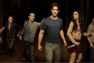 promo-teen-wolf-season-2-new-threat-and-possible-love-triangle