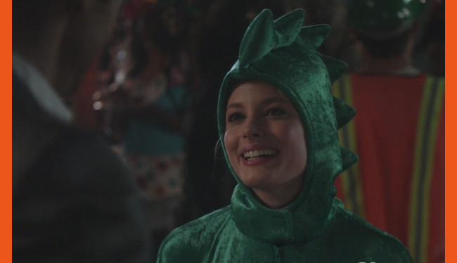 Britta Perryu0027s Dragon Turtle Community  sc 1 st  NoWhiteNoise & Happy Halloween! Our 5 favorite costumes worn by TV characters ...