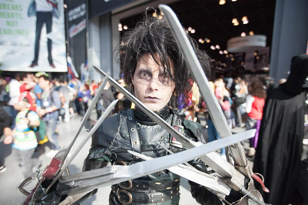 Cosplay Edward Scissorhands At NYCC 2015