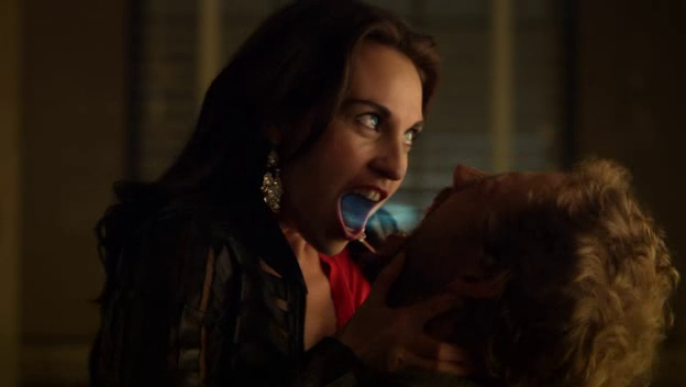 Lost Girl rewatch: End of season one review - NoWhiteNoiseLost Girl Dyson S Partner