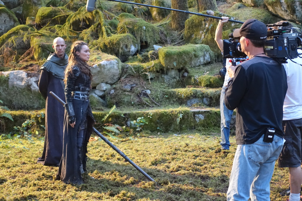 Alicia Debnam-Carey and Neil Sandilands during the training scene.